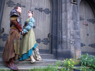 Beowulf and Queen Wealtheow